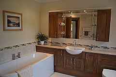 Large bathroom with wet floor